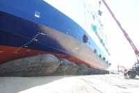 Vessel launching using Airbags